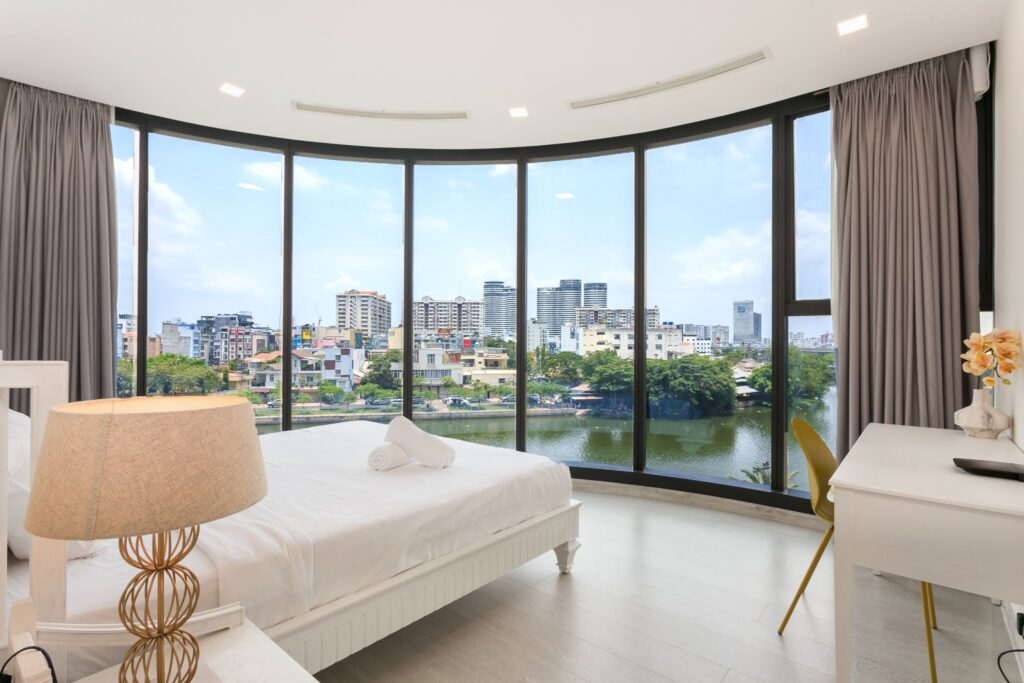 Phòng Ngủ View Sông Tuyệt Đẹp Tại Căn Hộ Cao Cấp Vinhome Ba Son