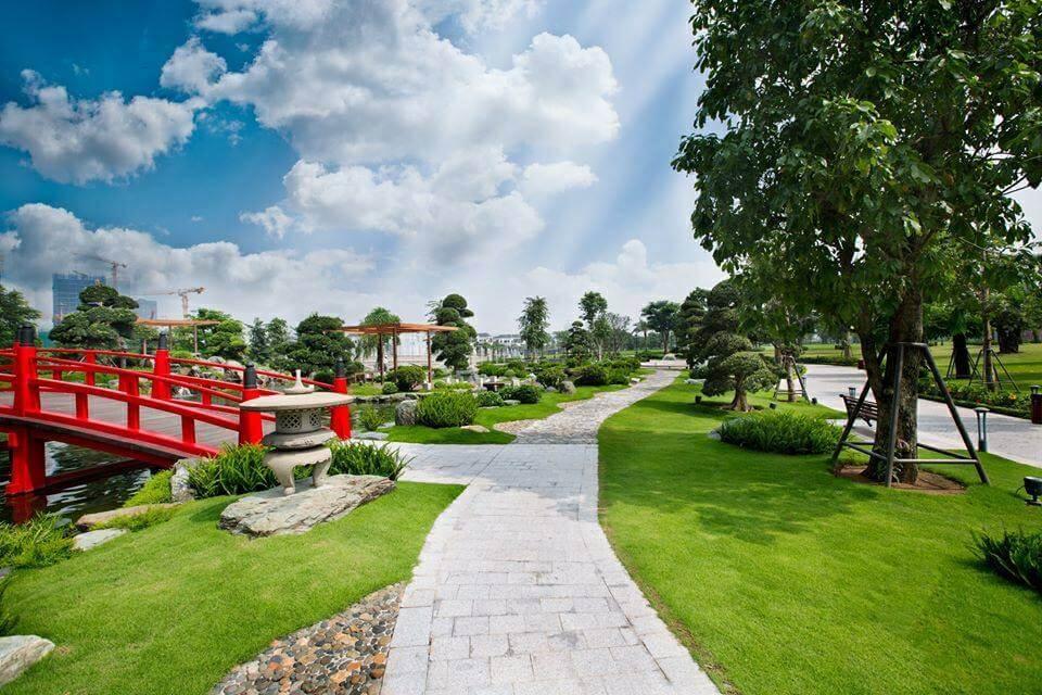Cầu Cá Koi Vinhomes Central Park Bình Thạnh