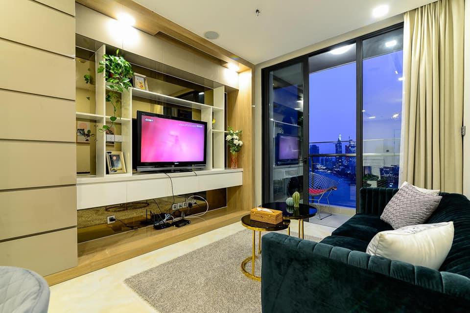 Vinhomes Tân Cảng 2 Phòng Ngủ PN Giá Thuê $800-1100