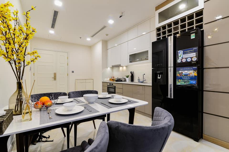 Cho Thuê Căn Hộ 1 Phòng Ngủ Vinhomes Central Park 54m2 giá $500 Tốt Nhất Thị Trường